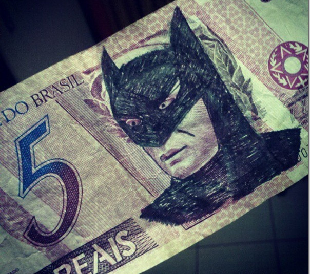 5 reais cara do batman